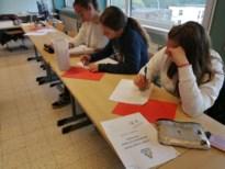 Leerlingen Atheneum leren hele dag leren