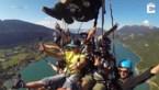 Goed gek, met zeven (7!!) tegelijk paragliden aan zelfde zeil