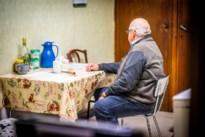 Dieven breken in terwijl Wellenaar (69) zijn hartsvriendin Mieke begraaft