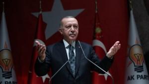 """Erdogan dreigt met toevloed van vluchtelingen naar Europa: """"We zullen de poorten openen"""""""