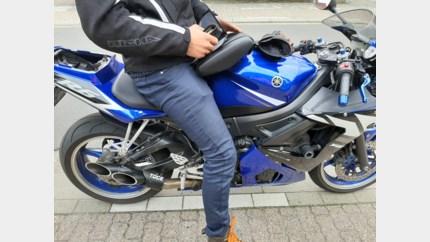 Boete voor geluidsoverlast dankzij 'open' uitlaat op motorfiets