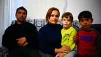 """Syrisch-Koerdische familie uit Heusden-Zolder zit thuis met bang hart: """"We vrezen voor onze familie"""""""