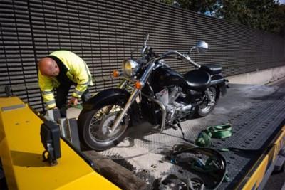 Motorrijder gewond bij botsing op E313