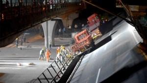 Drie doden bij spectaculaire instorting van brug in China