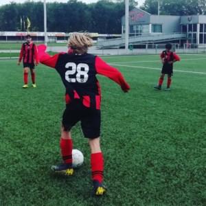 Don Bosco Helchteren strijdend ten onder in scholencompetitie voetbal