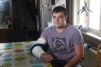 Vluchtmisdrijf in Tessenderlo: bromfietser breekt elleboog