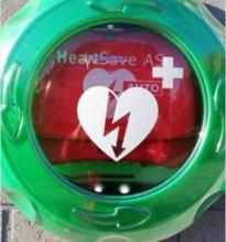 Twee AED-toestellen aan serviceflats