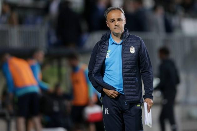 Emilio Ferrera al op straat gezet bij Luxemburgse topclub, Bertrand Crasson neemt voorlopig over