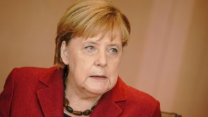 """Merkel eist """"onmiddellijke beëindiging"""" van Turkse invasie in Syrië: """"Anders dreigt heropstanding van IS"""""""
