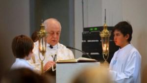 Tongerse pastoor vraagt om geen rosse muntjes meer te geven bij collecte in kerk