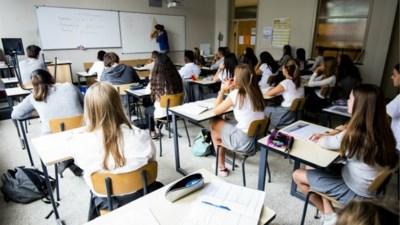 OPROEP. Jongeren slaan hun leerkracht in elkaar na opmerking over gedrag