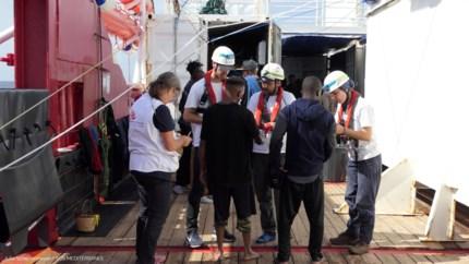 Italië ontvangt 176 bootvluchtelingen, EU zoekt nog steeds coalitie van welwillenden