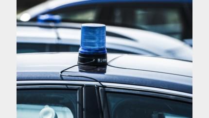 Koppel tachtigers vinden auto niet terug: politie start zoektocht
