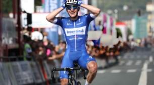 Onze analist Johan Vansummeren vond nog een renner net dat tikje straffer dan Evenepoel:
