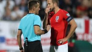 Bulgarije-Engeland stilgelegd na racisme