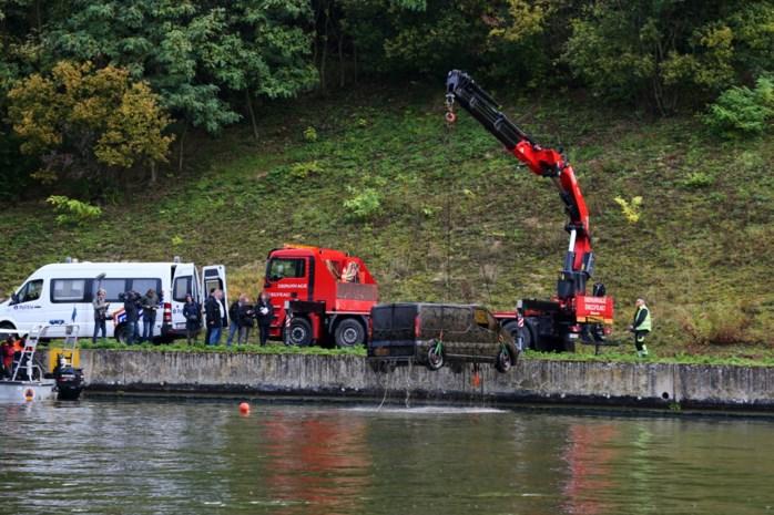 Opnieuw vijf wagens en aanhangwagen uit Albertkanaal gehaald