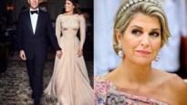 ROYALS. De Queen breekt een traditie en waar zagen we de jurk van Máxima eerder?
