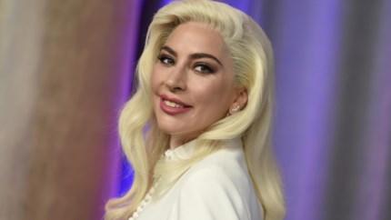 Lady Gaga brengt oud album opnieuw uit, maar dan zonder R. Kelly