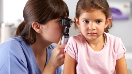 Kinderen krijgen te snel buisjes in de oren
