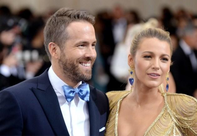 Blake Lively en Ryan Reynolds poseren voor het eerst met hun derde baby