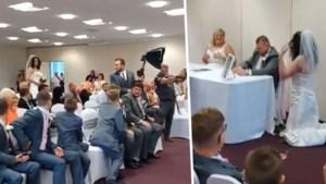 Huwelijk verstoord door zingende, 'ongenodigde' gast in trouwjurk