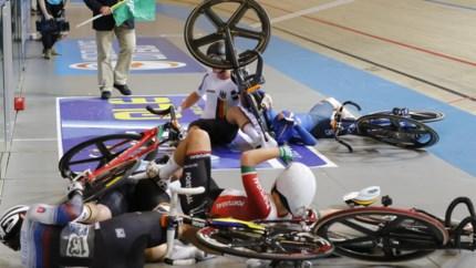 Lotte Kopecky komt zwaar ten val op het EK baanwielrennen, maar rijdt toch nog naar een tiende plaats in het omnium