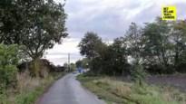 Postbode stoot op 436 vaten drugsafval midden op afgelegen weg in Bocholt