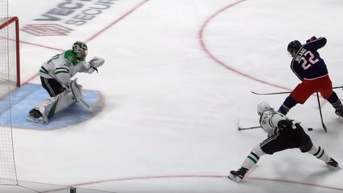 """Amerika geniet met open mond van """"ziek doelpunt"""" in ijshockey: """"Deze ga je voor altijd zien!"""""""