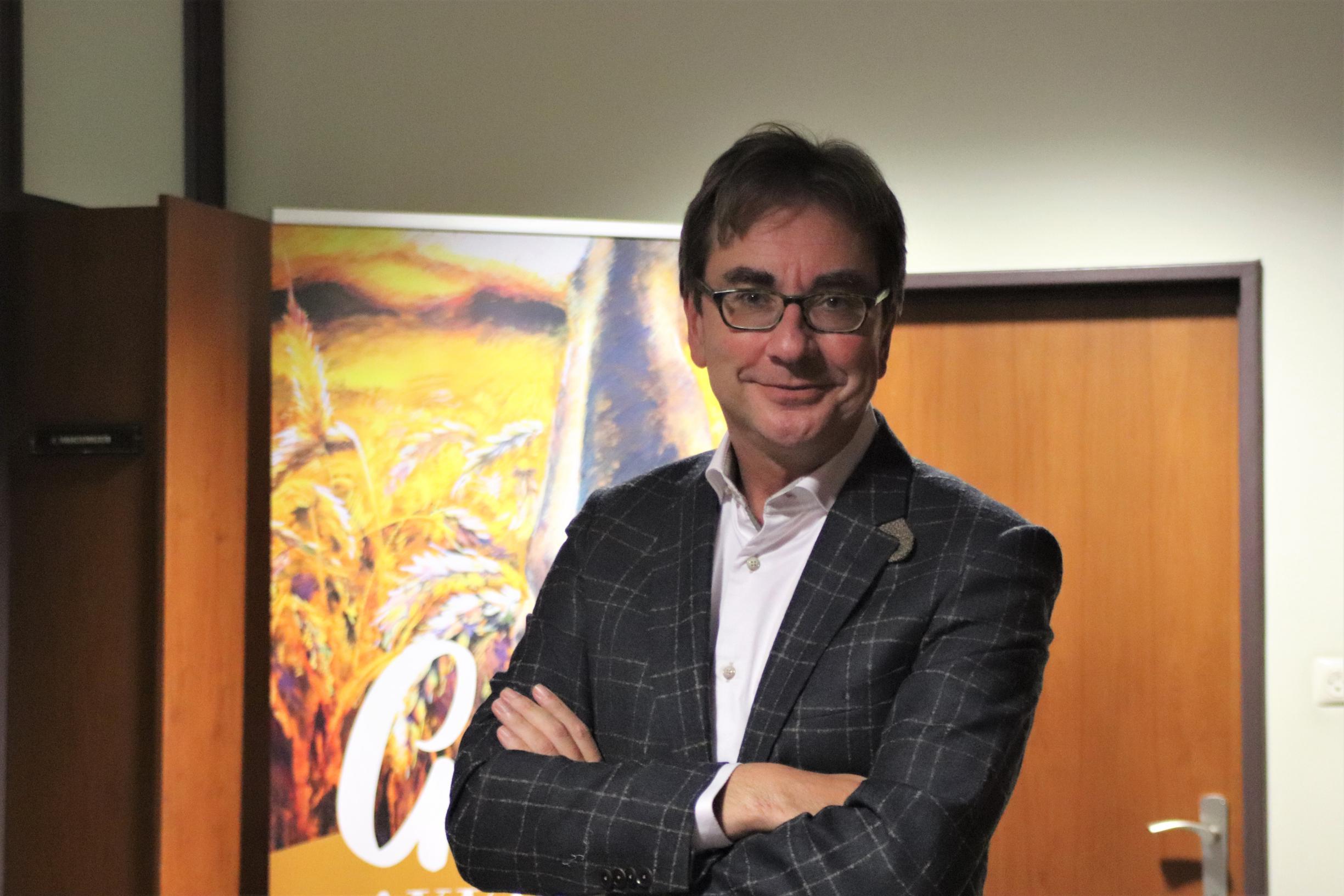 Ex-burgemeester Deloffer wordt afgevaardigde van de bisschop - Het Belang van Limburg
