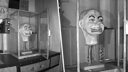 Gezin leeft in angst door akelige marionet: camera filmt hoe pop spontaan begint te knipperen