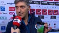 Felice Mazzu toont live op tv foto op gsm waaruit fout van VAR moet blijken