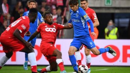 LIVE. Assistent van Preud'homme krijgt rood, kan KRC Genk nog scoren in Luik?