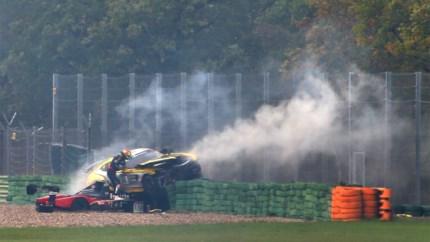 """Kersvers kampioen Tom Boonen ongedeerd na spectaculaire crash: """"Geluk gehad"""""""