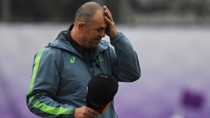 Australische coach neemt ontslag na nederlaag in kwartfinale WK rugby