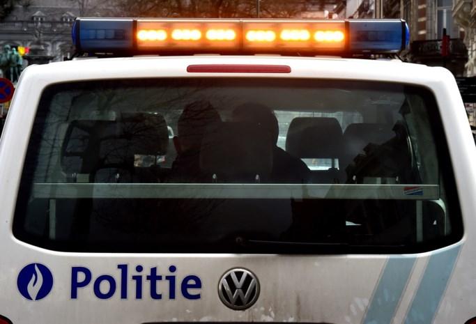 Druggebruiker laat auto zonder inschrijving aan Belgische staat
