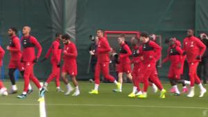 """LIVE. Salah traint mee bij Liverpool, Mazzu: """"Met vijf verdedigers? Alle opties liggen open"""""""