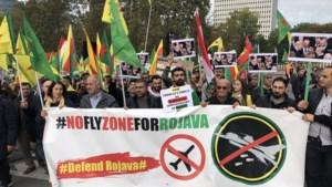 1.400 Koerden trekken door Brussel voor no-flyzone boven Noordoost-Syrië
