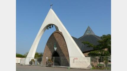 Kerk van Schoonbeek moet dicht, concerten in allerijl verplaatst
