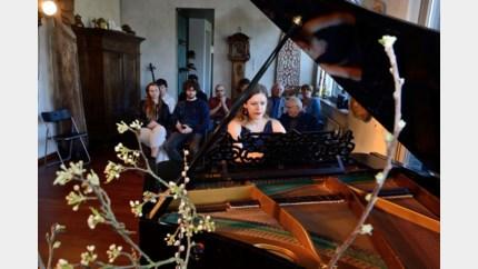 Pianoduo Beth & Flo – Rachtime in Muziekschuur