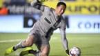 IJzersterke Daniël Schmidt houdt falende Depoitre van 'gemaakte goal'