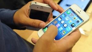"""Apple waarschuwt eigenaars iPhone 5: """"Update toestel onmiddellijk"""""""