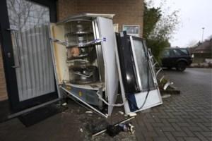 Geen straf voor opblazen Peerse broodautomaat door verjaring