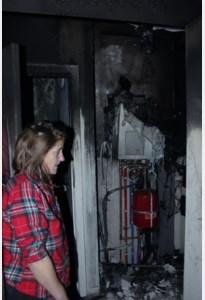 Bewoonster via terras bevrijd tijdens brand