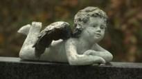 Limburgers herdenken overledenen op kerkhoven