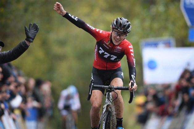 Yara Kastelijn is nu ook de beste in Koppenbergcross en wint tweede klassieker in zes dagen