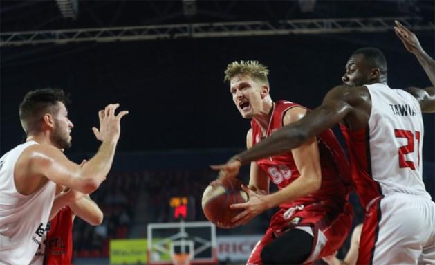Antwerp Giants na felle kamp en voor 9.000 toeschouwers onderuit in Champions League basketbal