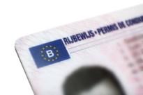 Dertiger met levenslang rijverbod gevat met vervalst rijbewijs