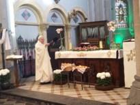Gezegend brood uitgedeeld ter ere van Sint-Hubertus