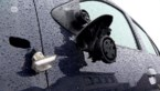 Twee auto's van gezin zwaar beschadigd na twee vluchtmisdrijven op één dag