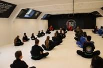 Koreaanse grootmeester bezoekt vechtsportschool